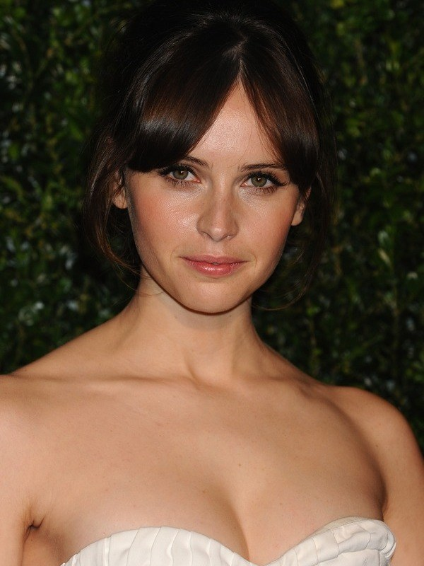 Felicity Jones height