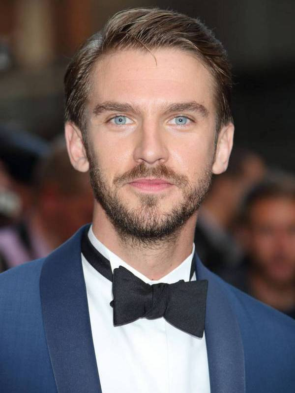 Dan Stevens height