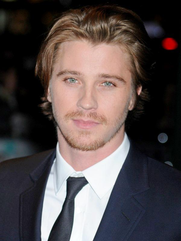 Garrett Hedlund height
