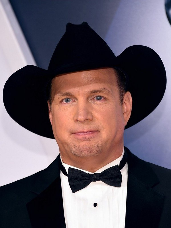 Garth Brooks height
