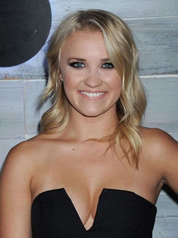 Emily Osment height