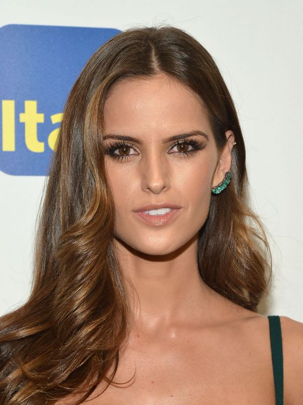 Izabel Goulart height