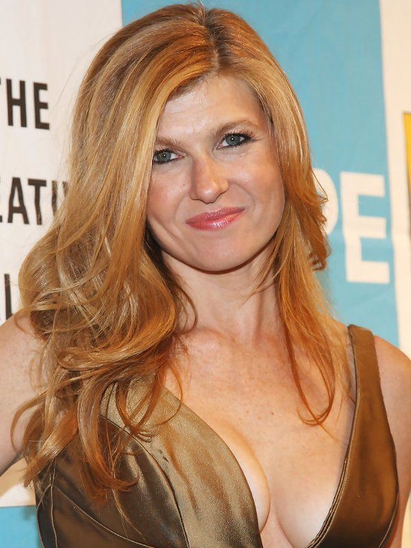 Connie Britton height