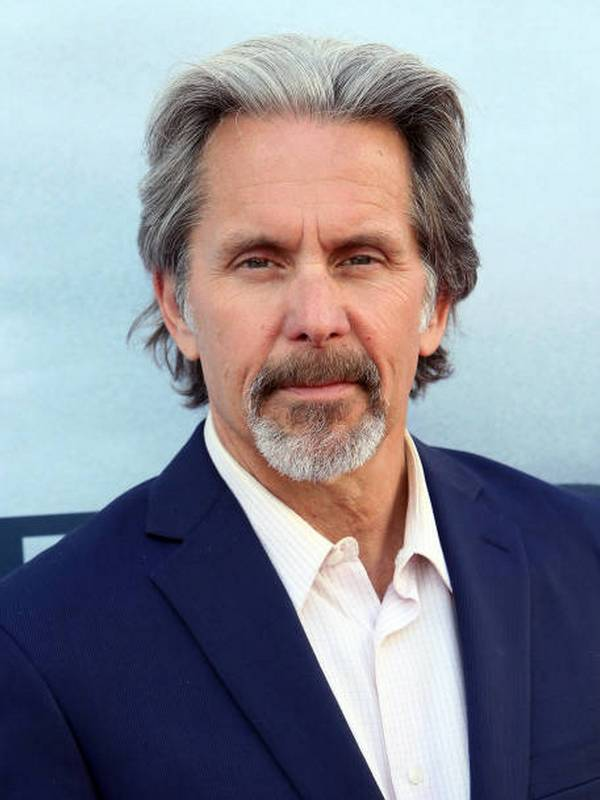 Gary Cole height