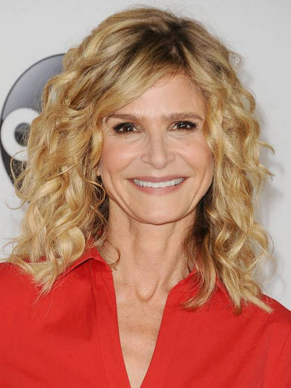 Kyra Sedgwick height