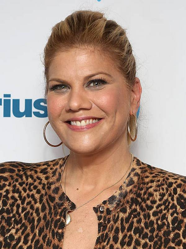 Kristen Johnston height