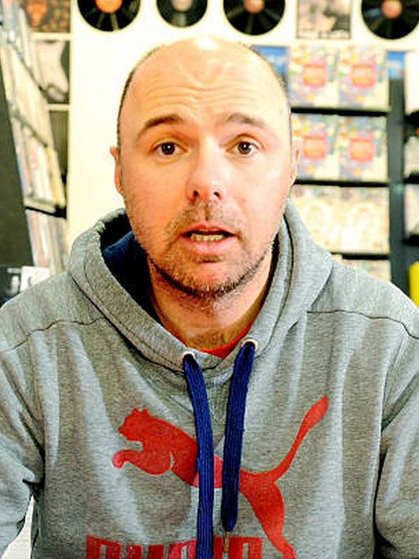 Karl Pilkington height