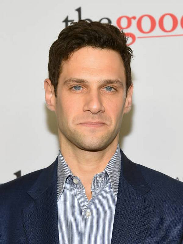 Justin Bartha height