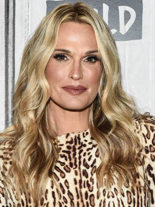 Molly Sims height