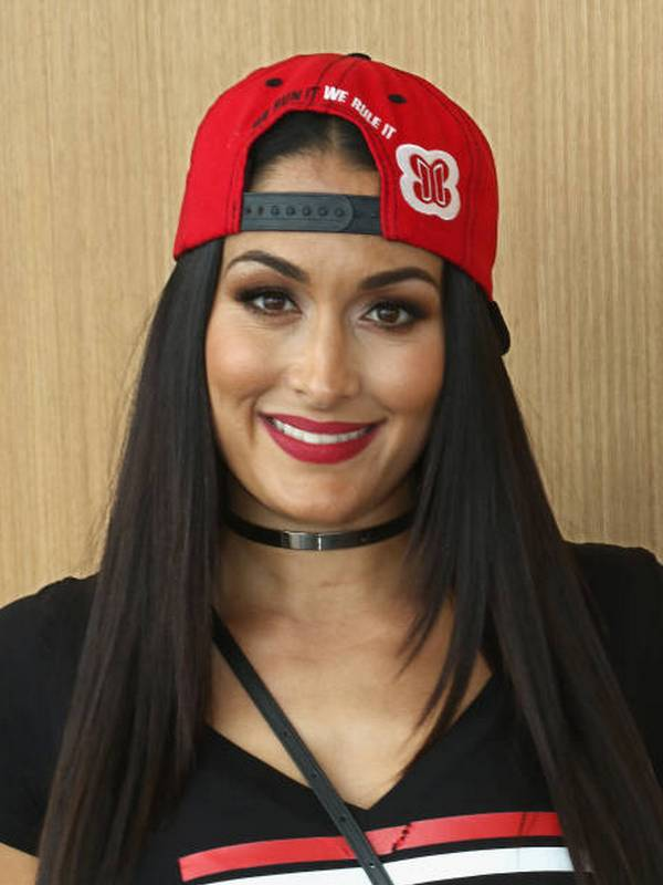 Nikki Bella height