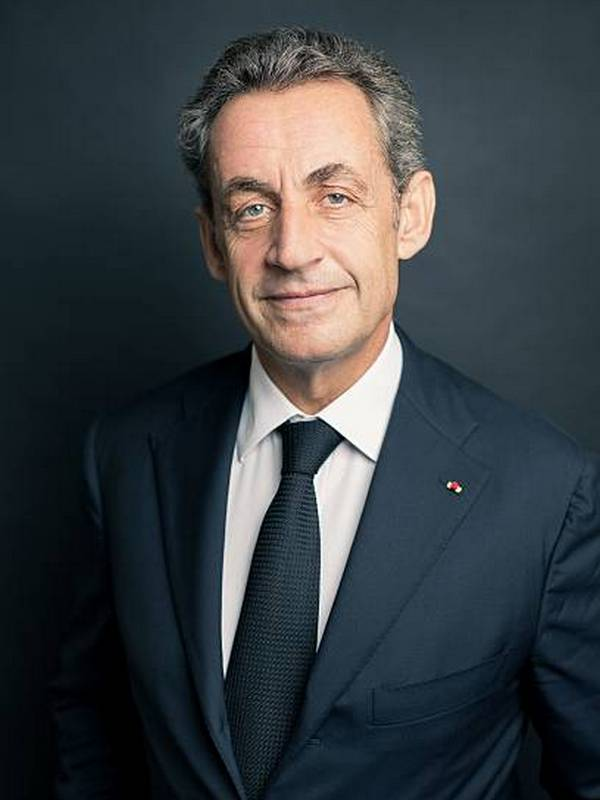 Nicolas Sarkozy height
