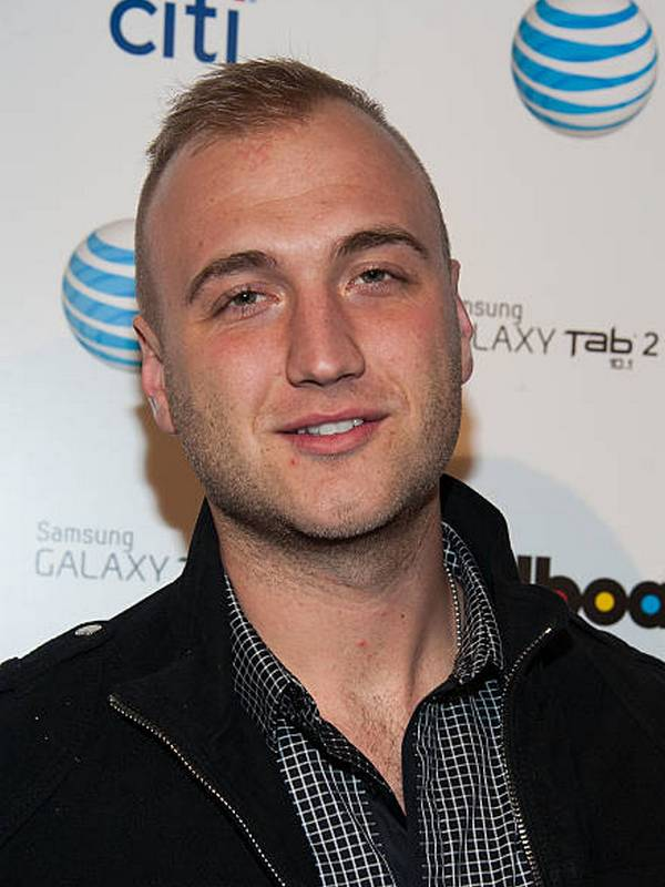Nick Hogan height