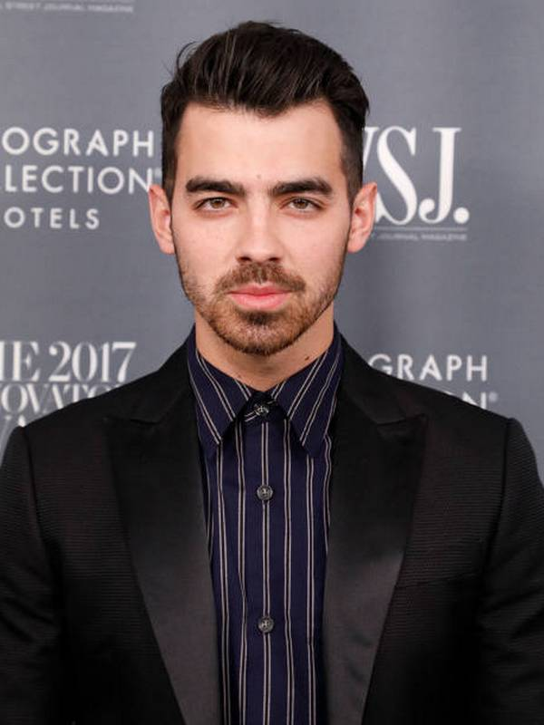 Joe Jonas height