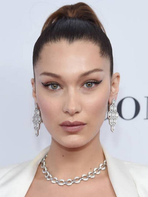 Bella Hadid height