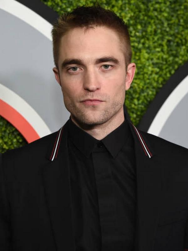 Robert Pattinson height