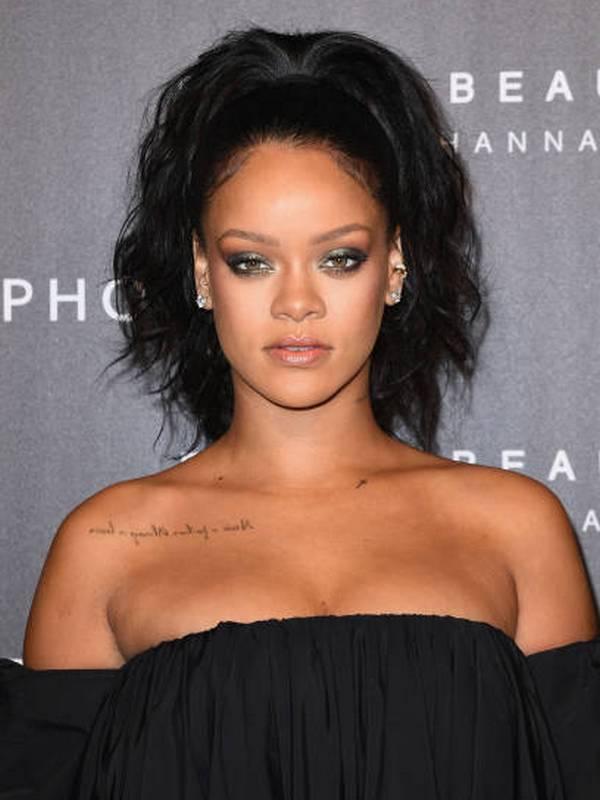 Rihanna height