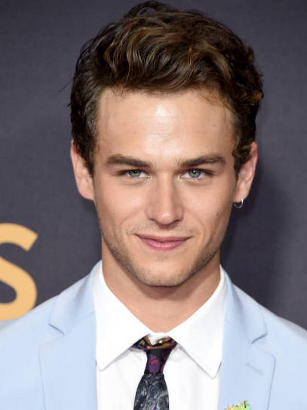 Brandon Flynn height