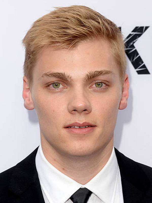 Levi Meaden height