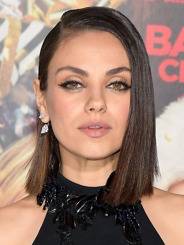 Mila Kunis height
