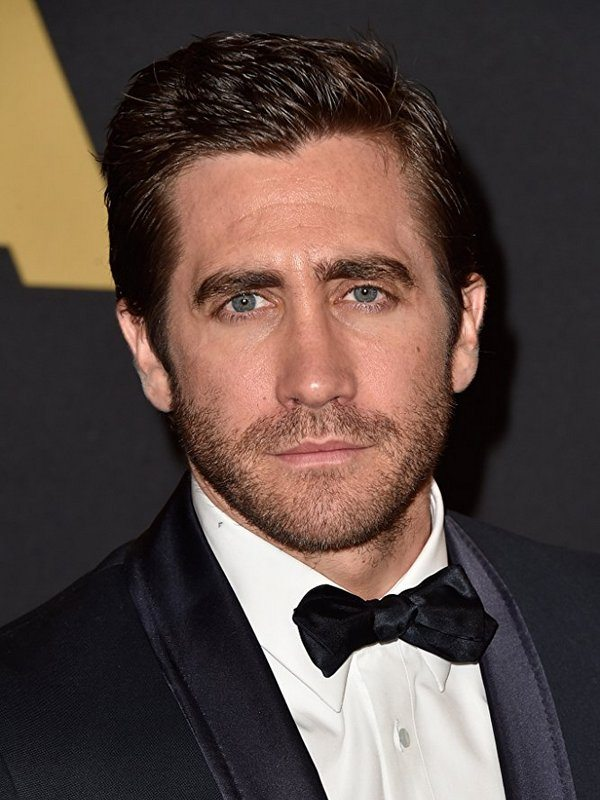 Jake Gyllenhaal height