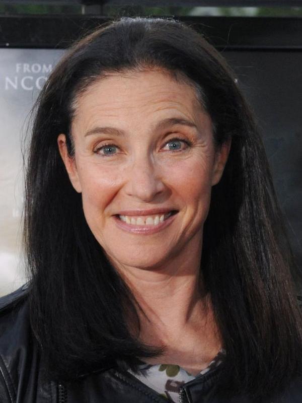 Mimi Rogers height