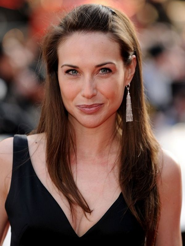 Claire Forlani height