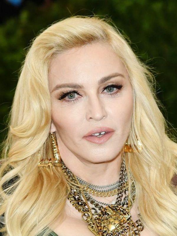 Madonna height