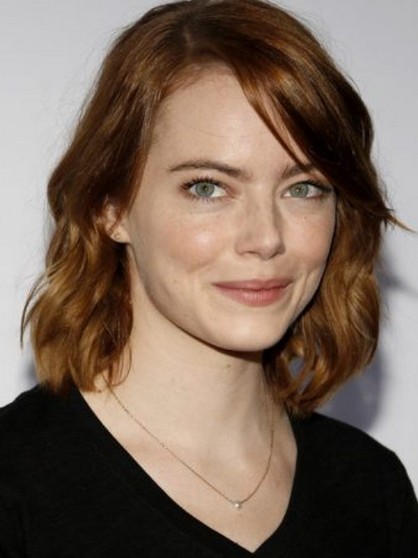 Compare Emma Stone S Height Weight Family With Other Celebs