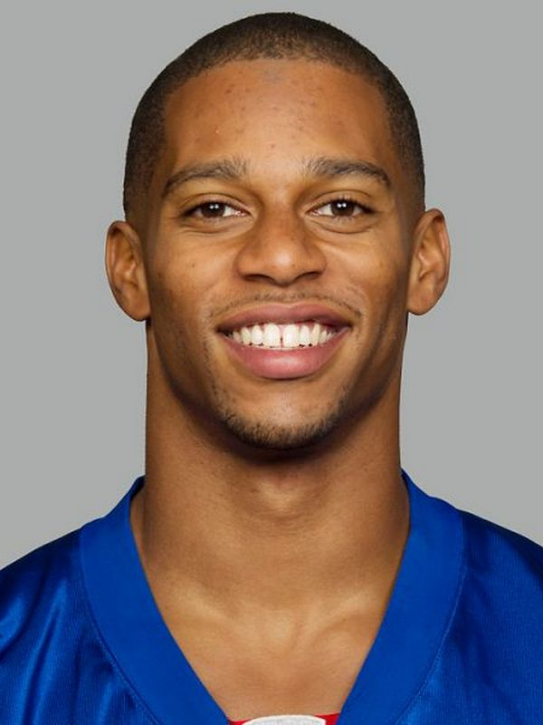 Victor Cruz height