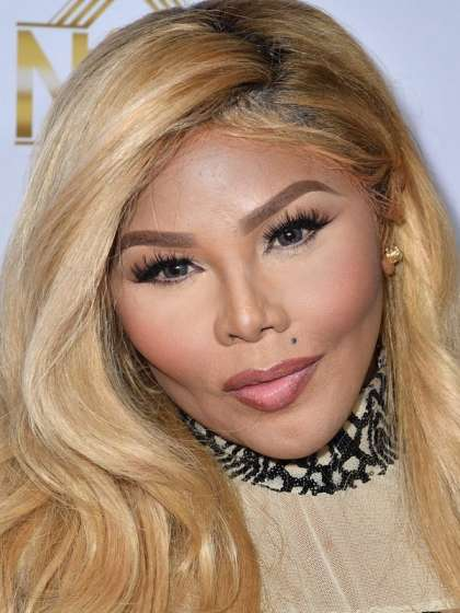Lil Kim height
