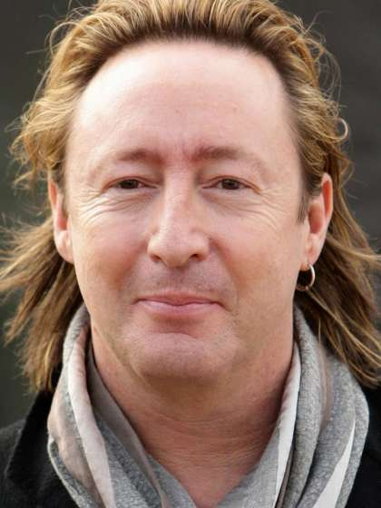 Julian Lennon height