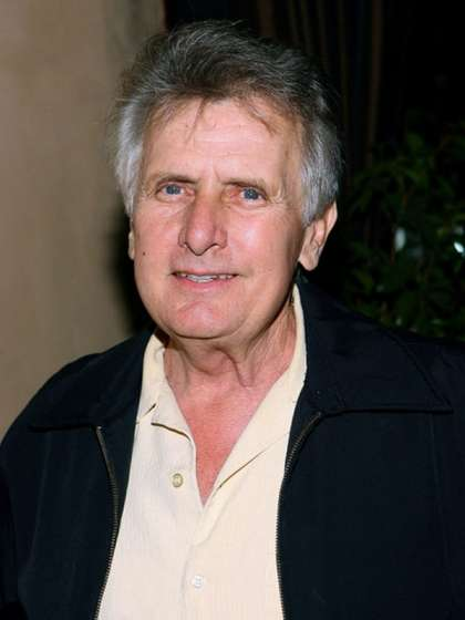 Joe Estevez height
