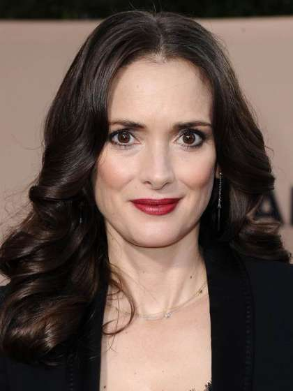 Winona Ryder height