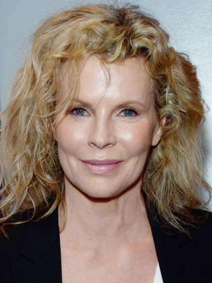 Kim Basinger height