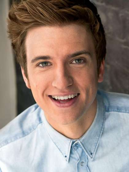 Greg James height