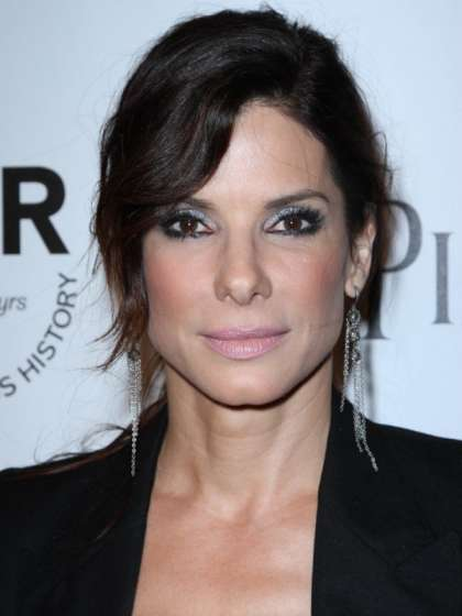 Sandra Bullock height