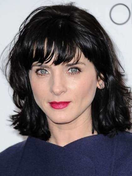 Michele Hicks height