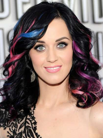 'American Idol' judge Katy Perry jokingly jabs contestant ...