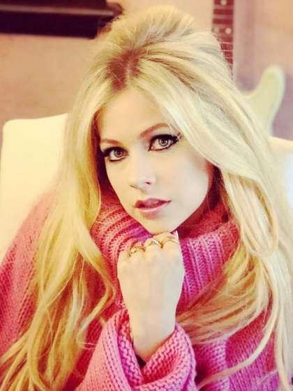 Avril Lavigne height