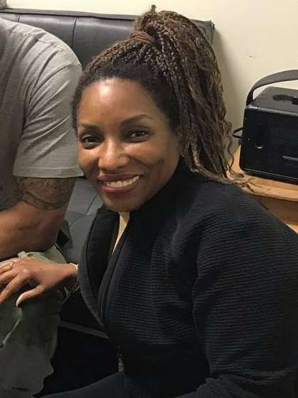 Stephanie Mills height