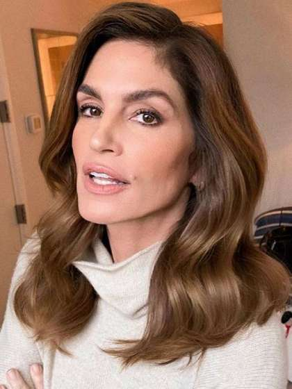 Cindy Crawford height