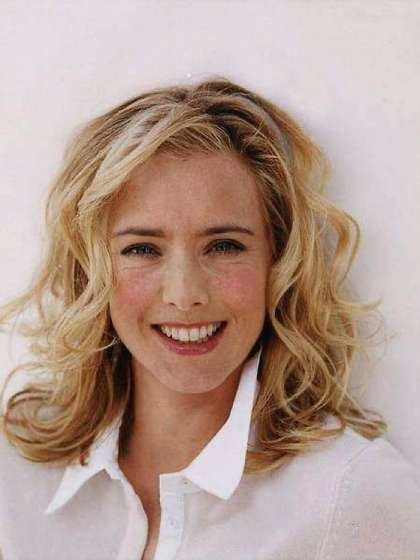 Téa Leoni height